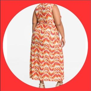 ASHLEY STEWART Chevron V-Neck Tie Waist Maxi Dress